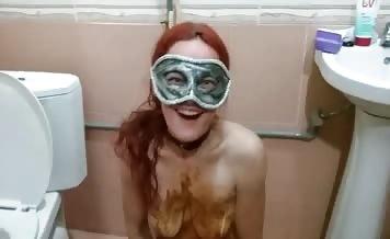 Redhead girl masturbating