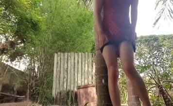 She's desperate to poop outdoor