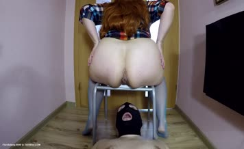 Two girls that poop by turn on lucky slave